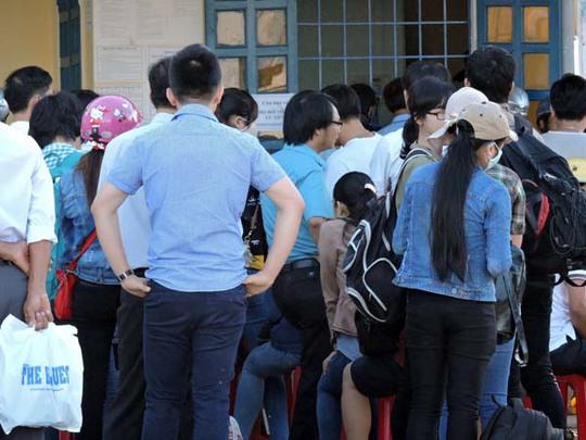 Khách du lịch chen chân ra đảo Lý Sơn trong dịp Lễ 2-9.