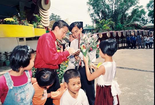 Lam Trường trẻ trung thuở nhận Giải Mai Vàng - Ảnh 12.