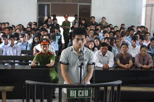 Bị cáo Phan Lưu Hòa tại tòa