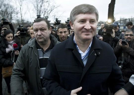 Tỷ phú Ukraine Rinat Akhmetov. Ảnh: AP