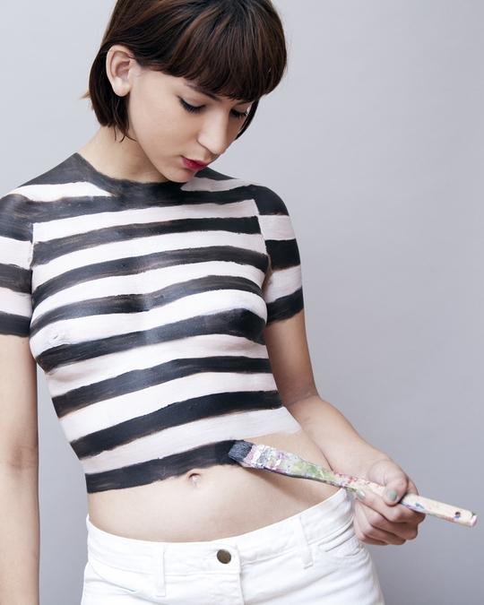 Ở Florida không chấp nhận kiểu quần áo vẽ lên cơ thể ở những nơi công cộng. Ảnh: Wired