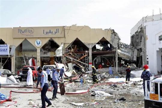 Hiện trường vụ nổ bình gas khiến 12 người thiệt mạng. Ảnh: Reuters