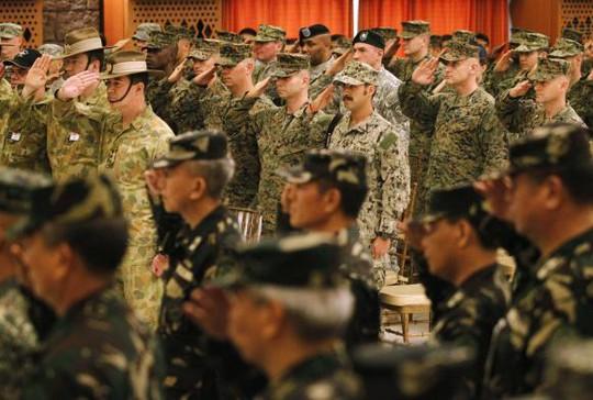 Binh lính Mỹ và Philippines trong lễ khai mạc cuộc tập trận Balikatan 2014 hồi tháng 5 vừa qua ở TP Quezon. Ảnh: Reuters