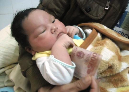 Bá trai có cân nặng 5,1 kg tại Thanh Hóa