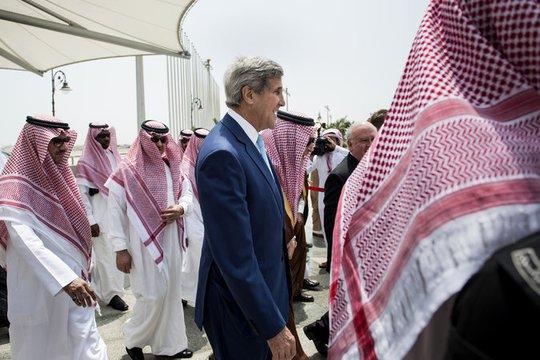 Ngoại trưởng Mỹ John Kerry tại Jeddad, Ả Rập Saudi hôm 11-9. Ảnh: New York Times