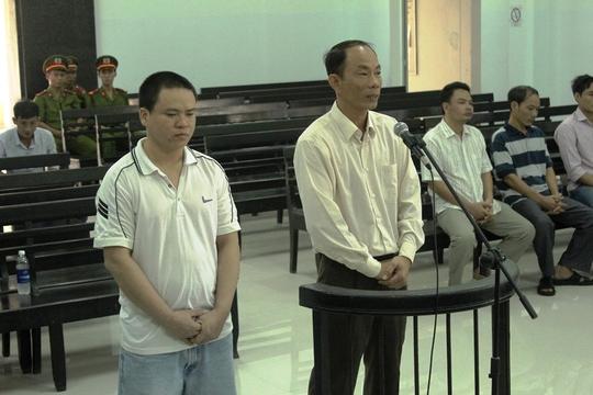 Bị cáo Nguyễn Thành Trung và Luân Văn Nam tại phiên tòa