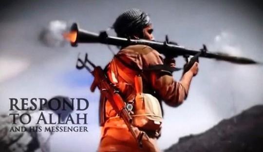 IS dùng tiền bán dầu thô để mua vũ khí trang bị cho các thành viên. Ảnh: Reuters