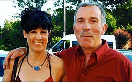Manuela Gonzalez (trái) và chồng Daniel Cano. Ảnh: Straits Times