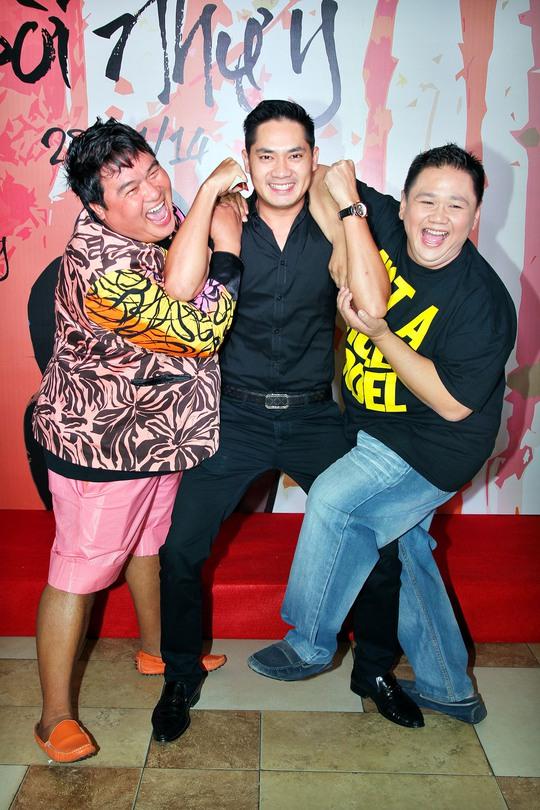Minh Béo, Minh Luân và Hoàng Mập (giám đốc hãng phim Hoàng Thần Tài- nhà sản xuất phim Đời Như Ý)