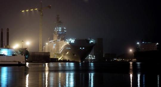 Chiến hạm Sevastopol neo đậu tại xưởng đóng tàu của STX ở cảng Saint-Nazaire, Pháp. Ảnh: Sputnik