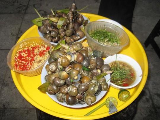 Ốc luộc, món khoái khẩu của người Hà Nội mỗi khi đông về