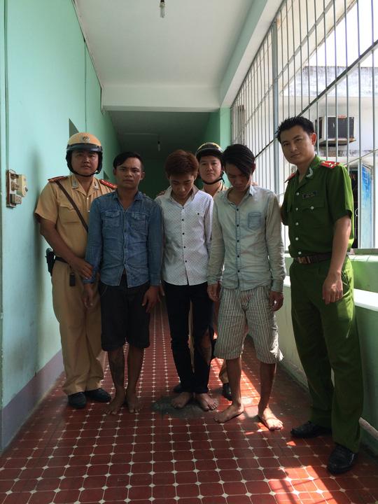 3 tên cướp vừa bị CSGT truy bắt đêm qua