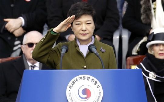 Triều Tiên chỉ trích nữ Tổng thống Hàn Quốc Park Geun-Hye chỉ biết