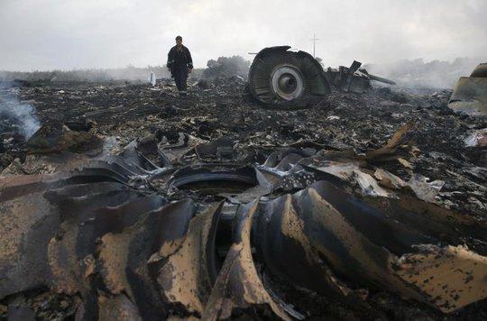 Chuyến bay MH17 gặp nạn hôm 17-7 khiến toàn bộ 298 hành khách và phi hành đoàn thiệt mạng. Ảnh: Reuters