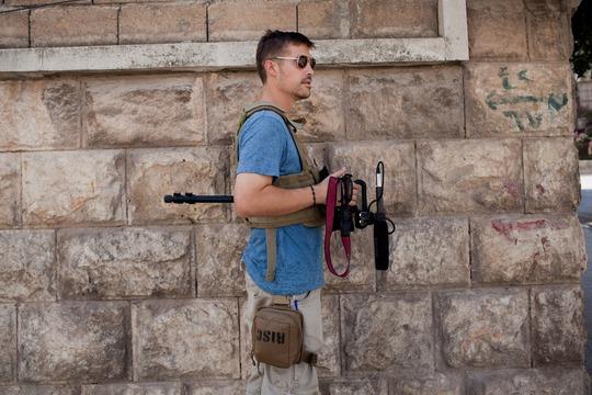 James Foley tác nghiệp ở thành phố Aleppo - Syria tháng 8-2012. Ảnh: Freejamesfoley.org