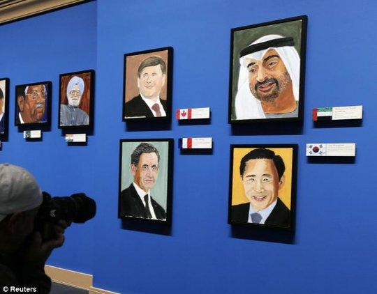24 nhà lãnh đạo đã đi vào tranh vẽ của ông Bush. Ảnh: Reuters