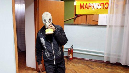 Kiev bị cáo buộc dùng vũ khí hóa học chống lại người dân ở Đông Nam Ukraine. Ảnh: Reuters