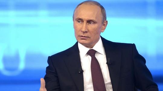 Tổng thống Putin gọi Internet là một dự án của CIA. Ảnh: AP