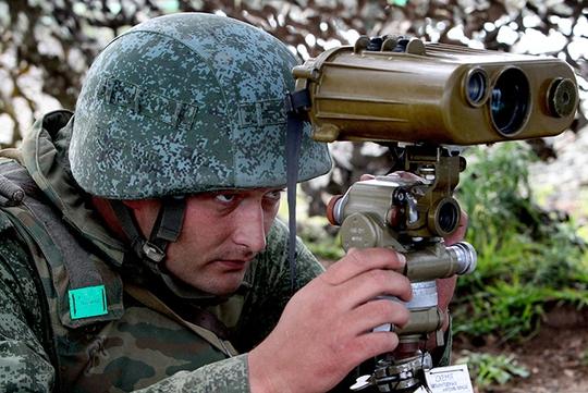 Lính Nga bị cáo buộc chiến đấu giúp phiến quân ly khai ở Đông Ukraine. Ảnh: RIA Novosti