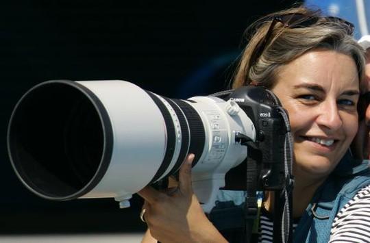 Nhiếp ảnh gia Anja Niedringhaus vừa bị một cảnh sát Afghanistan bắn chết. Ảnh: Reuters