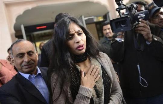 Bà Devyani Khobragade tiếp tục bị tòa án New York truy tố. Ảnh: Reuters