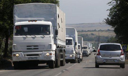 Đoàn xe Nga quay trở về khu vực Rostov hôm 22-8. Ảnh: Reuters