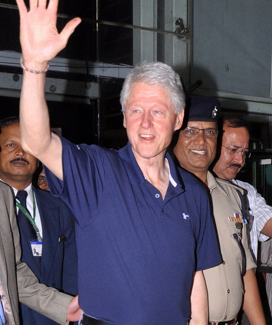 Former US president Bill Clinton arrives in Jaipur. Photo: PTI.