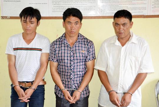 3 đối tượng bị bắt giữ tại cơ quan điều tra.