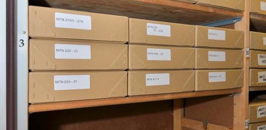 19 hộp tài liệu của ông Mitrokhin. Ảnh: http://www.cam.ac.uk/