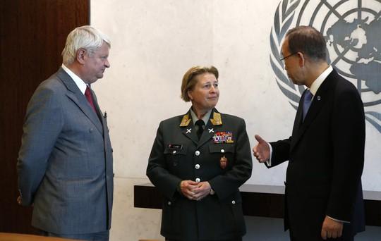 Tổng thư ký Ban Ki-moon ra quyết định bổ nhiệm Thiếu tướng Kristin Lund. Ảnh: Reuters