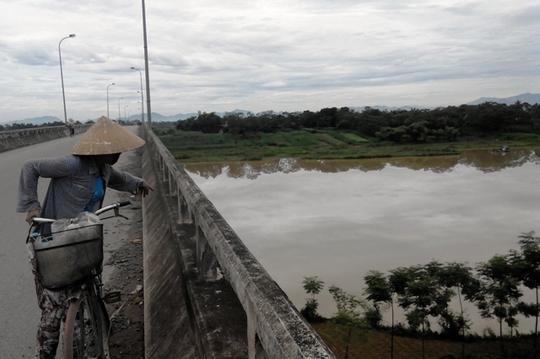 Cầu Hạnh Phúc nơi 2 người tìm đến tự tử nhưng chỉ có chàng trai chết
