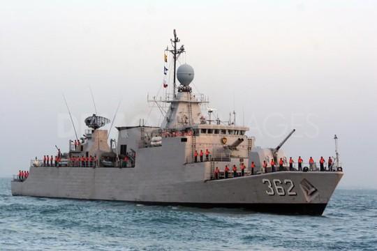 Tàu hải quân Indonesia tăng cường tuần tra lãnh hải. Ảnh: Demotix