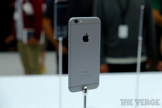 Fan Việt chê iPhone 6 thiết kế kém sáng tạo