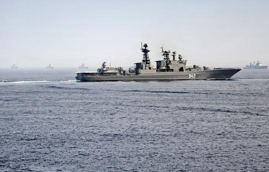 Tàu khu trục hạm tên lửa của Nga Marshal Shaposhnikov đang tham gia cuộc tập trận Komodo 2014. Ảnh: ITAR-TASS
