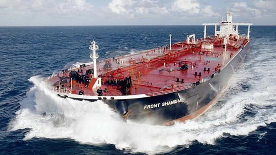 Số siêu tàu chở dầu hướng về phía Trung Quốc tăng nhảy vọt. ẢNh: Bloomberg