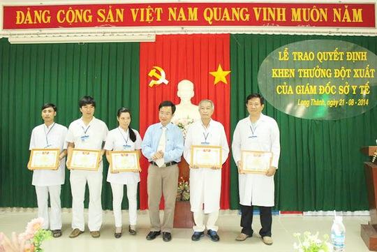 Sở Y tế khen thưởng cho các cá nhân và tập thể Bệnh viện đa khoa khu vực Long Thành