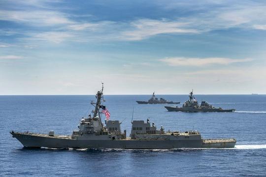 3 tàu khu trục Mỹ tuần tra biển Đông
