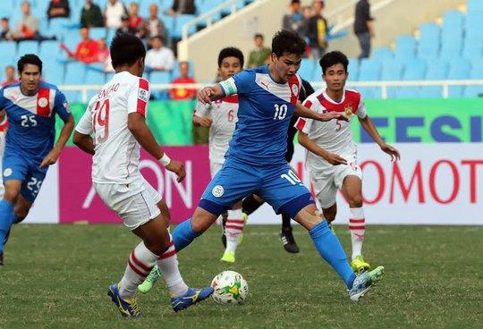 Younghusbandsau nhiều lần bỏ lỡ cũng ghi được bàn thắng cho mình
