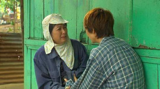 Nghệ sĩ Thanh Thủy diễn đầy cảm xúc, lấy nước mắt khán giả. Ảnh: Facebook