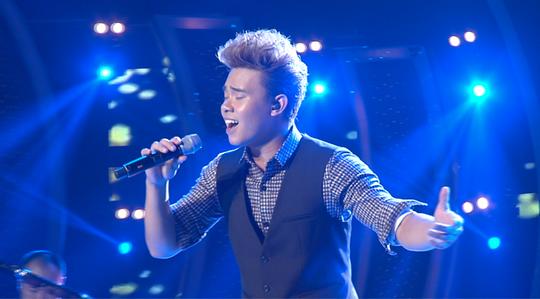 Đông Hùng dù hát tốt vẫn bị chê
