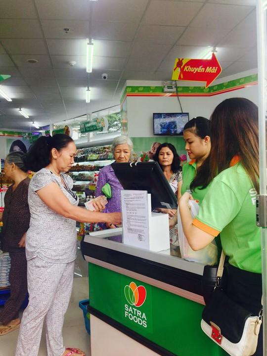 Mang cửa hàng tiện lợi đến với người dân tại chung cư Ngọc Lan