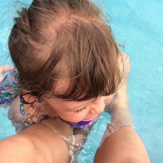Tép sợ hãi khi xuống nước