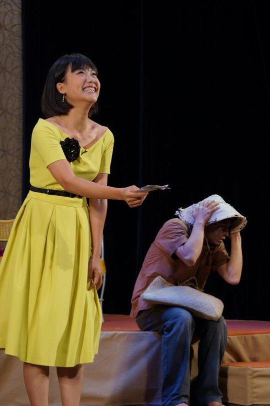 Chị cùng Qúy Bình trong vở Sông dài, vở diễn được yêu thích tại SK Hoàng Thái Thanh