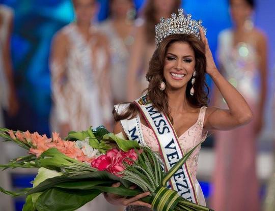 Mariana Jimenez lúc đăng quang