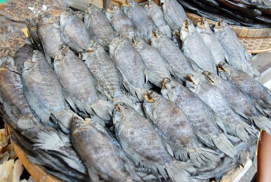 Có gì trong vương quốc mắm, khô cá độc nhất miền Tây?