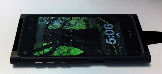 Hình ảnh mẫu smartphone thử nghiệm của Amazon Nguồn: BGR