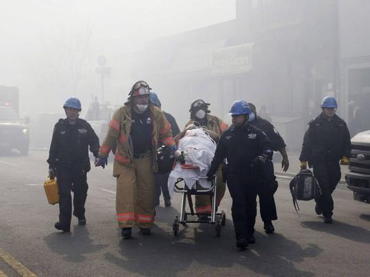 Đã có khoảng 20 người bị thương... Ảnh: AP
