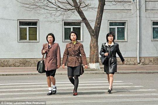 Đường phố Triều Tiên vắng vẻ. Ảnh: Dieter Leistner