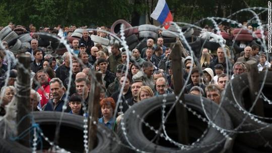 Người biểu tình thân Nga ở TP Odessa - Ukraine. Ảnh: AP