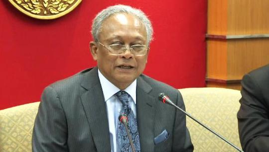 Ông Suthep thừa nhận ra lệnh xả súng vào phe áo đỏ. Ảnh: Thai PBS